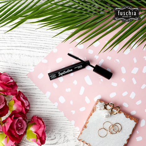 Fuschia Infatuation Lengthening Mascara 2